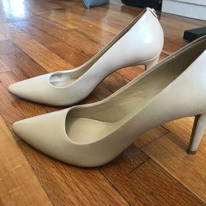Michael Michael Kors Beige 7M Women's Heels
